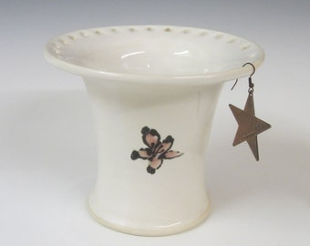 Earring holder / handmade / pottery / white / flower painted / hand painted / cometic item holder