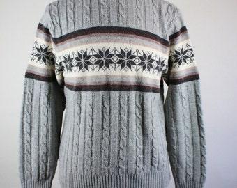 70s Sweater. Snowflake Sweater. Light Gray. Cable Knit Sweater. Winter Ski Lodge Sweater. Vintage. Medium. GOGOVINTAGE