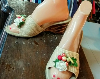 Vintage Shoes Carved Wood Wedge Slides Carmen Miranda Fruit & Flowers Mules Williams Foam Cushioned 40's 50's Mid Century Fashion Footwear