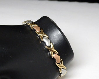 Stainless Steel Hearts & Kisses Bracelet - Multi Colored Hearts - Tennis Style Brass Gold Silver - Tri colored chain - Vintage  1990s