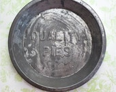 Quality Pies Pan, Vintage Tin