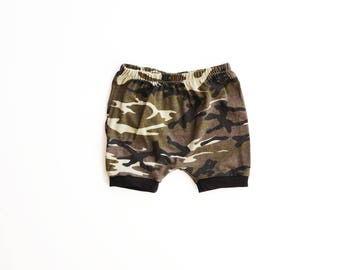 camo SHORTIES / diaper cover / baby shorts / toddler shorts / newborn to 4T / camo shorts / modern baby clothes