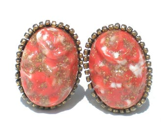 Confetti Lucite Clip Earrings Oval with Red and Gold Flecks - Vintage Jewelry