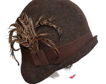 Brown tweed and pheasant feather cloche hat traditional 20s flapper style cloche in flecked tweed winter wedding