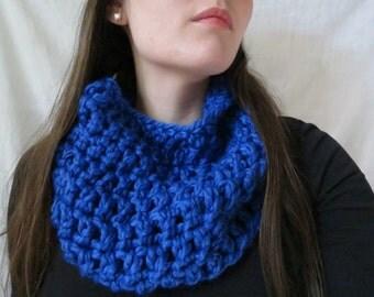 Blue cowl - crochet blue cowl - crochet cowl - chunky cowl - winter cowl - handmade blue cowl - winter scarf