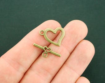 6 Heart Toggle Clasp Sets Antique Bronze Tone 2 Sided 2 Piece Set - BC1705