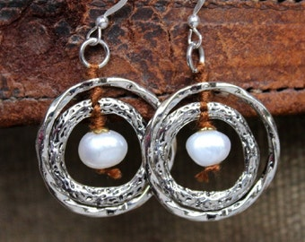 "Bohemian Pearl Earrings ""Ripples"" - Hypoallergenic Sterling Silver and Textured Circles"