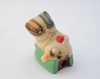 Vintage 1970s Kitten with Yarn Ceramic Pencil Sharpener - Novelty Figural Pencil Sharpener