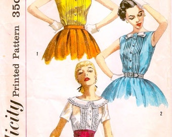 Pretty Vintage 1950s Simplicity 2005 Sleeveless or Short Sleeve Tucked Front Blouse Sewing Pattern B32