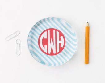 Personalized Monogram Paperweight Preppy Girls Office Supplies Desk Accessories Teacher Gift Custom Glass Paperweight New Job Promotion Gift