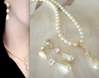 Gold pearl set ~ Swarovski pearl necklace and earrings set ~ Gold wedding jewelry set ~ Brides jewelry set,Gold pearl bridal set,Outstanding