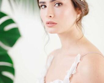 Gypsophila II Delicate Pearl Bridal Headpiece, Double Cluster Bridal Side Tiara, Wedding Headpiece, Pearl Bridal Headdress, Pearl Hair Vine