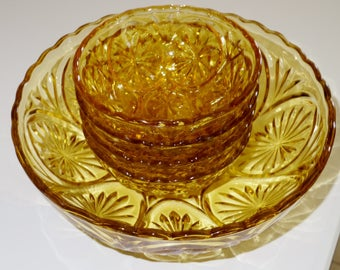 "ANCHOR Set HOCKING GLASS Amber Yellow Medallion Star Cameo Crystal Bowls 5 Piece Set  81/4"" Bowl 4 - 4 1/2"" Dessert Fruit Berry Excellent!"