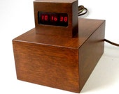 Vintage 70s Red LED Electronic Digital Clock 24 or 12 Hour Minimalist 2 Cubes Wood Box Case Aluminum Elec Retro Accurate Ex Cond Hand Made
