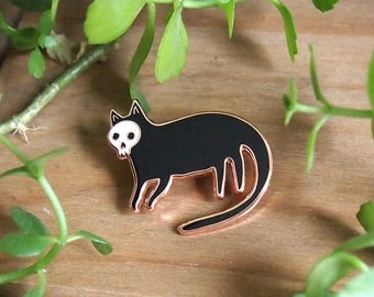 Skull cat enamel pin - Cat pin - Enamel pin - Enamel cat pin - I like cats - Cat lapel pin - Cat jewellery - Cat gifts - Cats - hard enamel