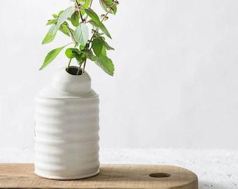 Ceramic Vase, White Flower Pot, Modern Home decor Vase, Minimalist Vase, Unique White Vase, Pottery Vase,Ceramic bud vase,Single flower vase