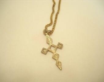 Vintage Sterling Cross Pendant Necklace (6373)