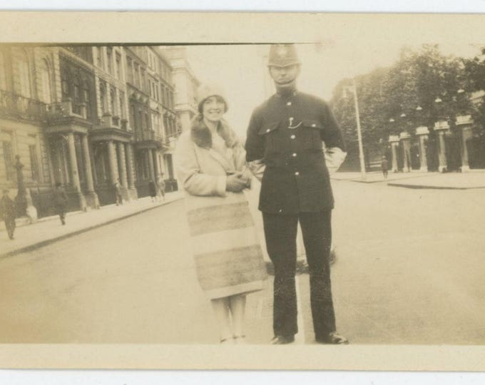 "Vintage Snapshot Photo: ""London Bobby"" c1920s (75574)"
