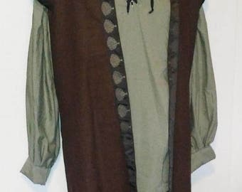 L-XL Lord's Surcoat with Hood in Brown Linen with Black & Brown Tree Trim