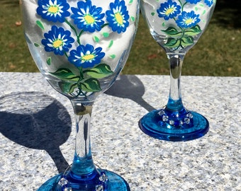 Wine Glasses Hand Painted Blue Flowers and Wine Glass Charms, Set of 2-9 oz. Girlfriend Gift, Anniversary Gift, Birthday Gift, Wedding Gift