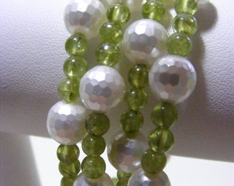 Peridot and Shell Pearl Memory Wire Bracelet
