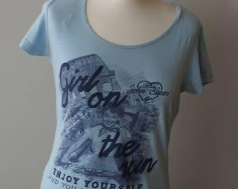 Audrey Hepburn Roman Holiday Gregory Peck Retro Style Ladies T-shirt, Girl on the Run