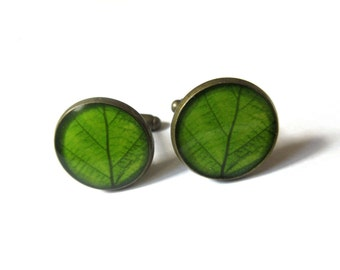 GREEN LEAF CUFFLINKS - men cufflinks - men accessories - gift for men - nature cufflinks - Wedding Cufflink