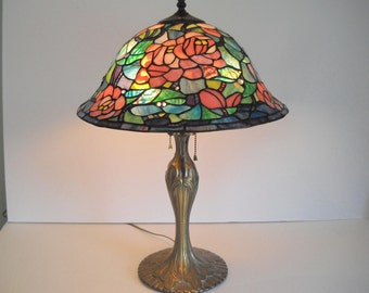 Stained Glass Rose Table Lamp
