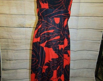 Vintage 70's Gene Stanley Red and Black Leaf Print Smocked Maxi Sundress Women's Size Small