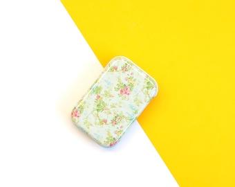 DIY kit stickers.Botanical stickers. Flower stickers. Scrapbook stickers. Die cut paper. Floral tin box. Craft kits
