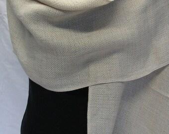 Handwoven shawl in linen.
