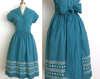 vintage 1940s dress   40s cotton day dress with a beautiful embroidered and cut out boarder skirt