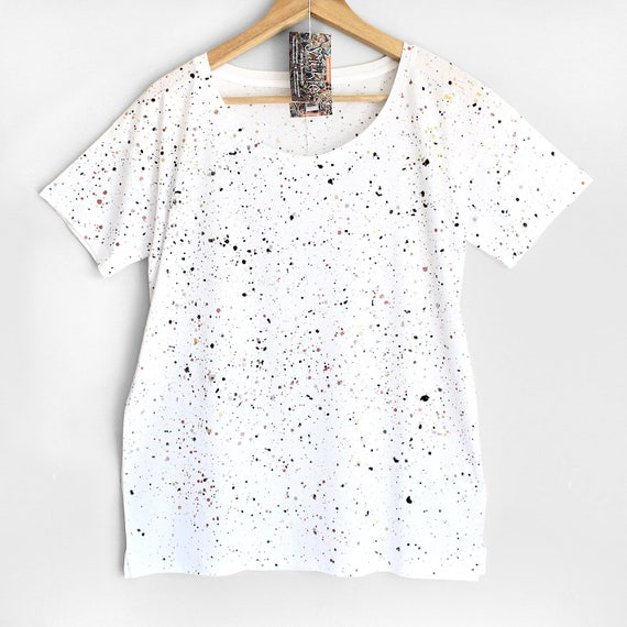 WHITE and SMART t-shirt. Ladies loose fit tshirt. Women's organic cotton and tencel open neck t-shirt. Black and White speckle.