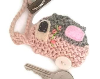 Knitted caravan keyring; caravan keyring;  caravan keychain; caravan gift; caravan present