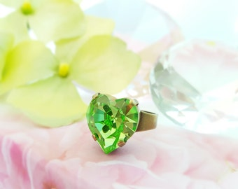 Peridot Heart Ring ~ Swarovski Heart Ring ~ Green Statement Ring ~ Big Lime Green Crystal Ring ~ Peridot Crystal August Birthstone R5031