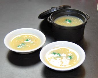 Broccoli Cheddar Soup For American Girl Dolls. Includes: Pot and Two Bowls