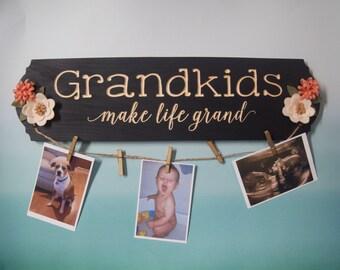 Grandkids Make Life Grand Sign , Pregnancy Announcement , Grandparent Gift , Grandma Gift , Grandmother Gift , Christmas Gift , Gift for Mom