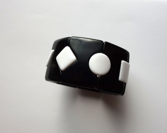 Black and White Geometric plastic streatch bracelet