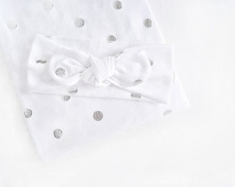White Silver Metallic Dot Swaddle Set