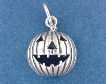 Jack O Lantern Charm .925 Sterling Silver, PUMPKIN, HALLOWEEN Pendant - lp1851