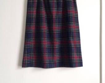 70s Plaid Pendleton Skirt, Allison Tartan, Red Blue Geen Plaid, wool midi skirt, Women's size Large, High Waist, Preppy