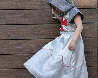 On Sale! knight for girls, Robin Hood princess, medieval robe, Marion costume, princess of thieves, halloween costume,  warrior for girls
