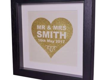 Mr and Mrs, Custom Wedding Frame, Wedding Gifts, Housewarming Gift, Personalised Wedding Frames, Wedding Gift for Couple, Gift for Newlyweds