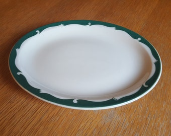 Green and White Oval McNicol China Tidal Pattern Plate