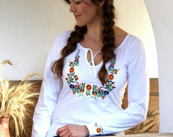 Embroidery hungarian folk art long sleeve T-shirt (Békési) from Hungary-White