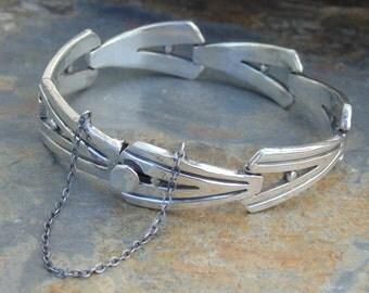J. Flores ~ Vintage Taxco Sterling Silver V Link Bracelet - 44 Grams