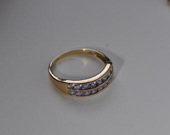 A 9ct Gold Tanzanite Ring