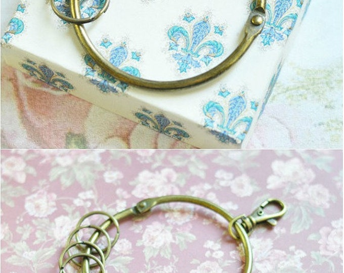 Vintage Style // Keychain metal // 2017 Best Trends // Best gift for Women and Men // Rustic Fresh // Summer Time //