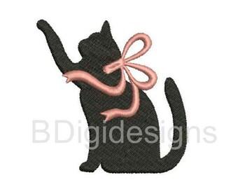 Playful Kitten Embroidery Design