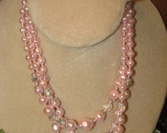 Vintage Triple strand Pink and Iridescent beaded necklace in silver tone